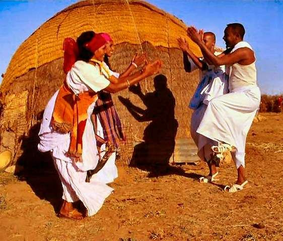 somali culture lifestyle and how it Culture clash: small-town american vs somalian that almost every aspect of daily life is cultural town american vs somalian immigrant culture.